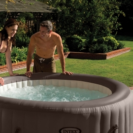 Spa hinchable Intex PureSpa Jets + Clorador salino Marron